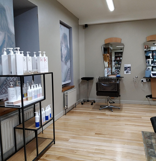 Lloyds-Hair-Salon-In-Clonmel-3