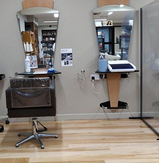Lloyds-Hair-Salon-In-Clonmel-4
