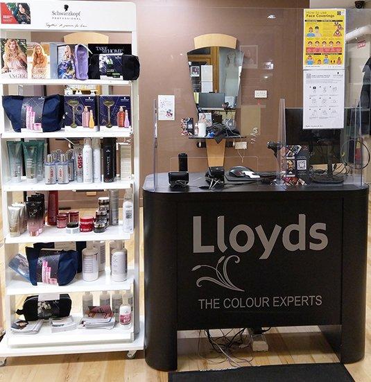 Lloyds-Hair-Salon-In-Clonmel-7